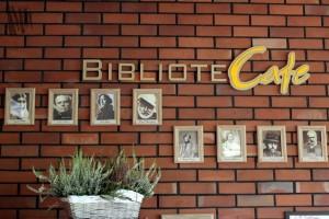 Bibliotecafe
