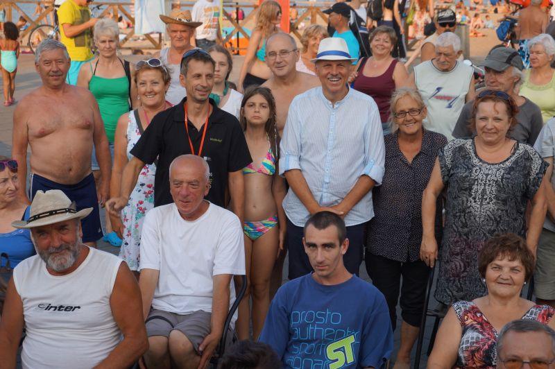 Czytelnicy na plaży